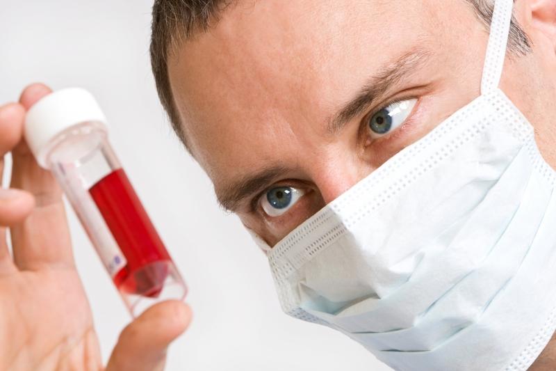 Нужно ли сдавать общий анализ крови если сдаешь биохимический анализ крови