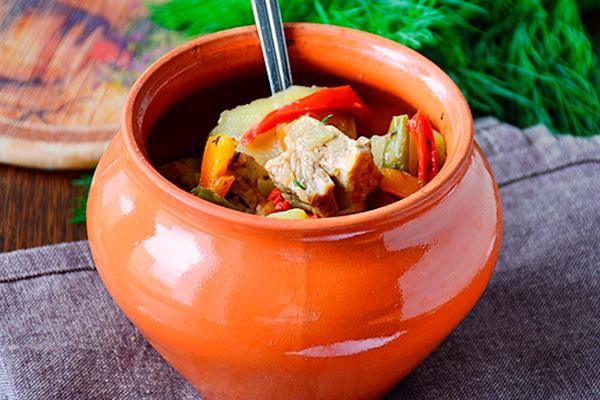 Мясное рагу с овощами в горшочках в духовке - Блог мамы-врача