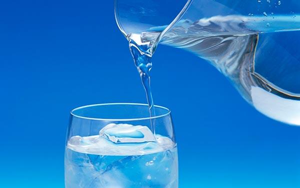 Как использовать серебряную воду человеку